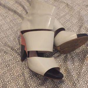 Vintage Chloe heels